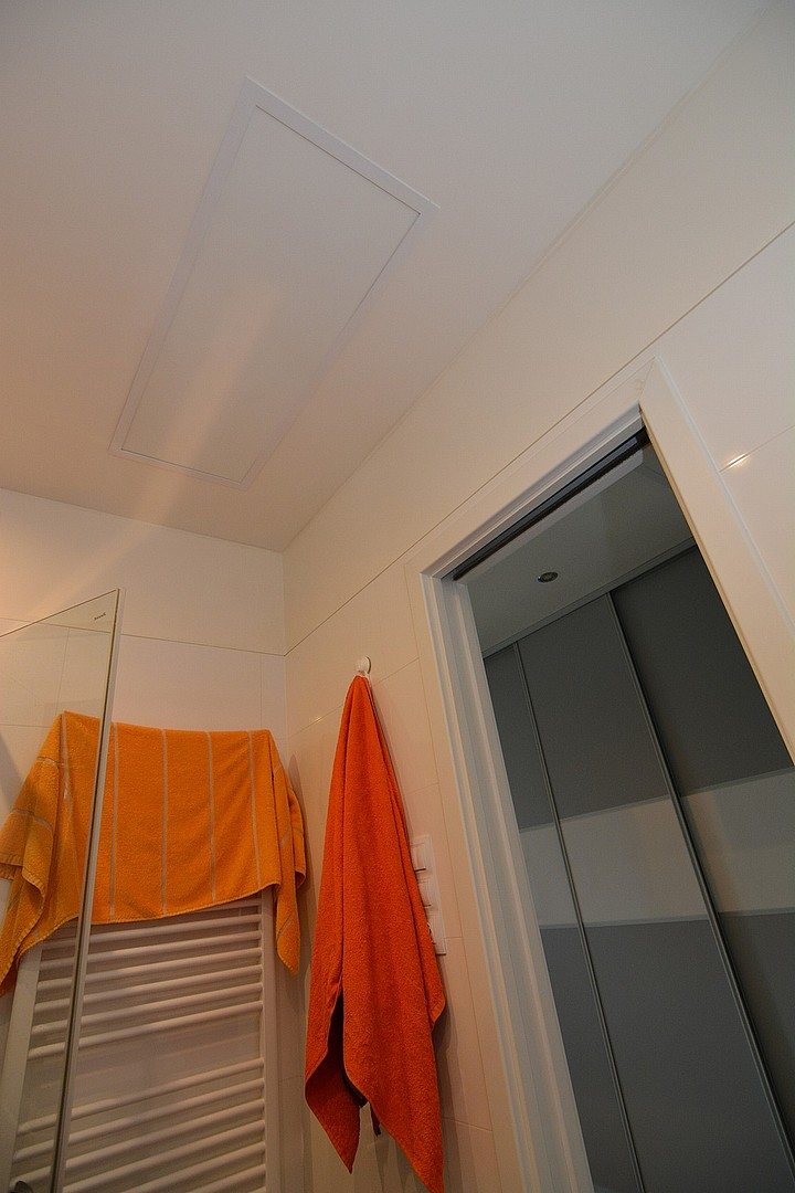 WE 420_strop_rám_koupelna