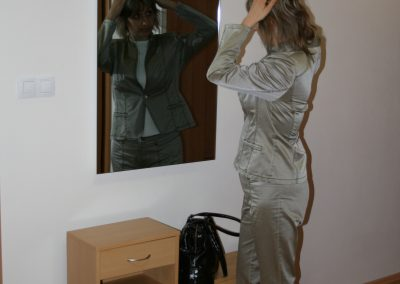R600_zrcadlo_bezramove_infrapanel_infratopeni