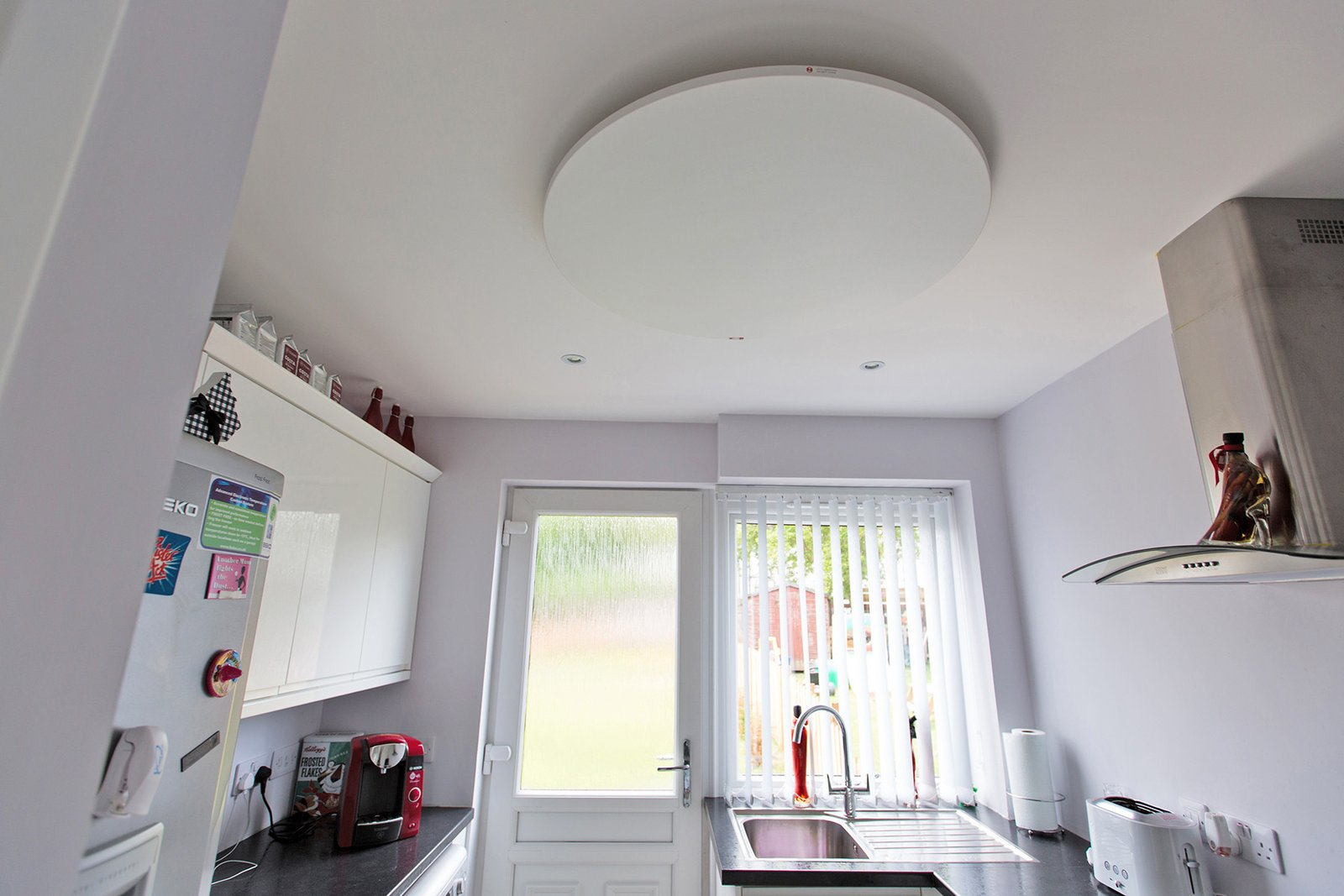 Redwell_infrared_heater_ceiling_round_smallspace_1600x1600